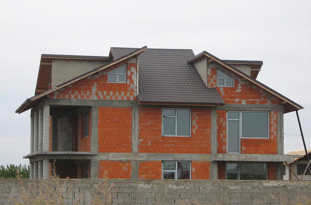 acoperis casa klauman RAL 8019 Galati